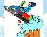 Salto com moto de neve